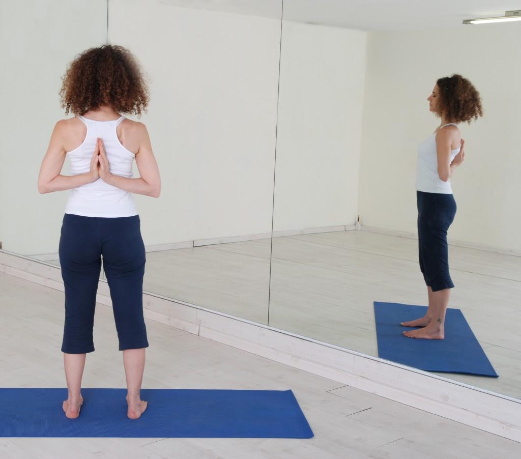 תנוחות ותרגילי יוגה: Tadasana Paschima Namaskar yoga postures asana asanas