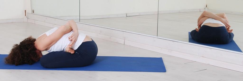 תנוחות ותרגילי יוגה:  yoga asana asanas postures baddha padmasana