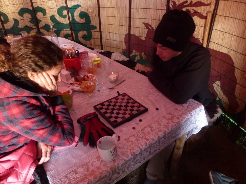 kirgizstan shesh besh