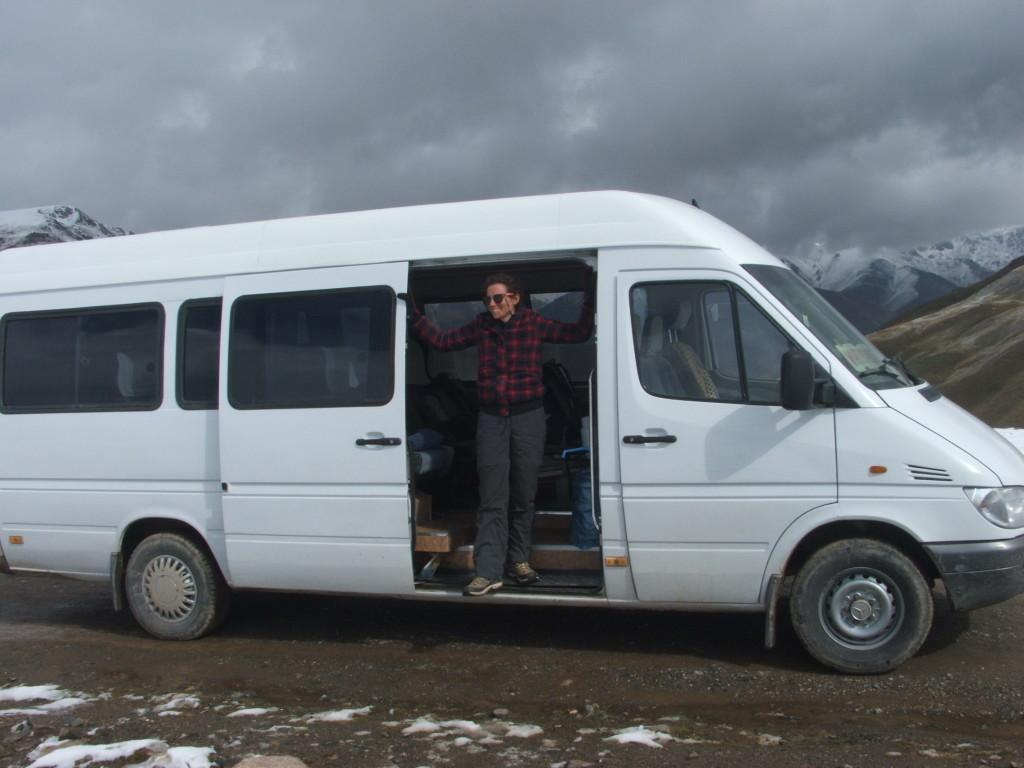 kirgizstan snow