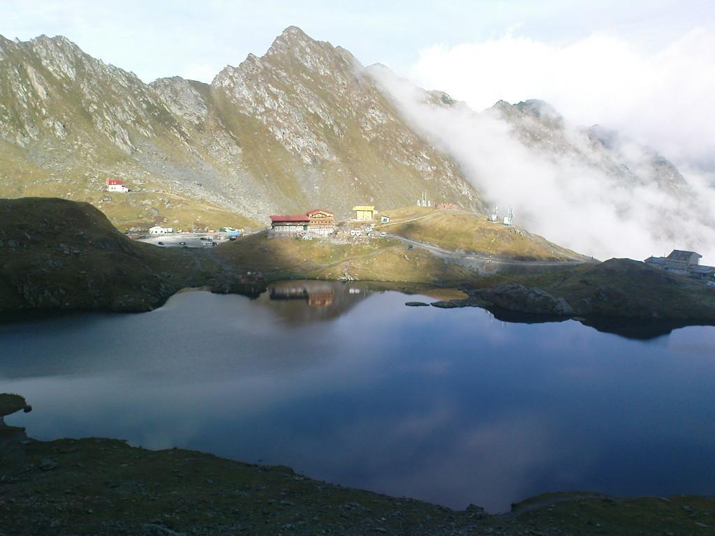 יוגה טרק רומניה